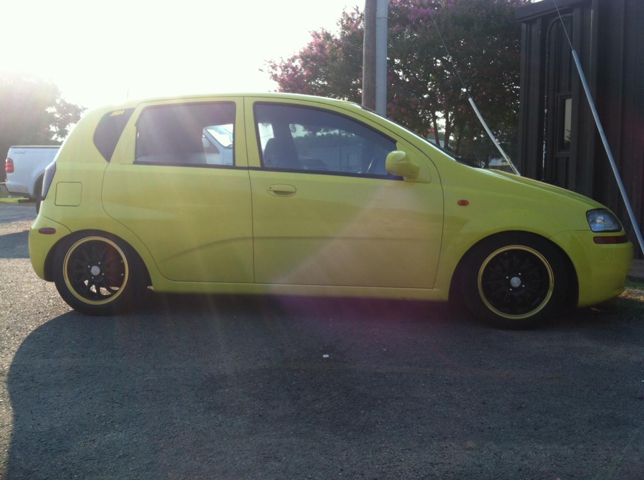Chevrolet chevrolet 2006 aveo : Slammed Aveo