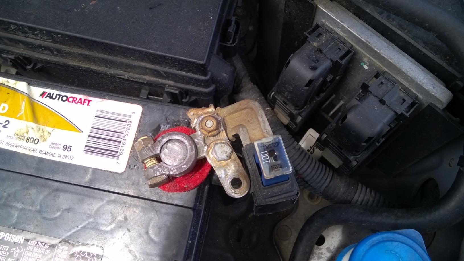 аккумулятор на chevrolet aveo hatchback