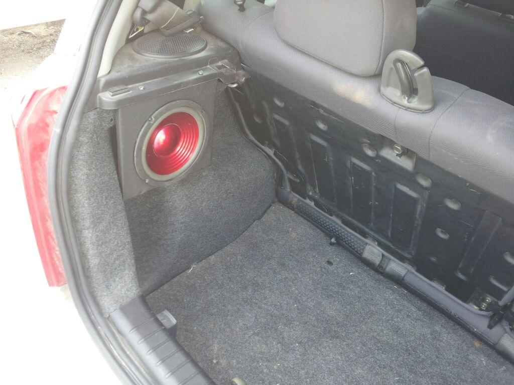06 Aveo Hatch Rear Speaker Mod