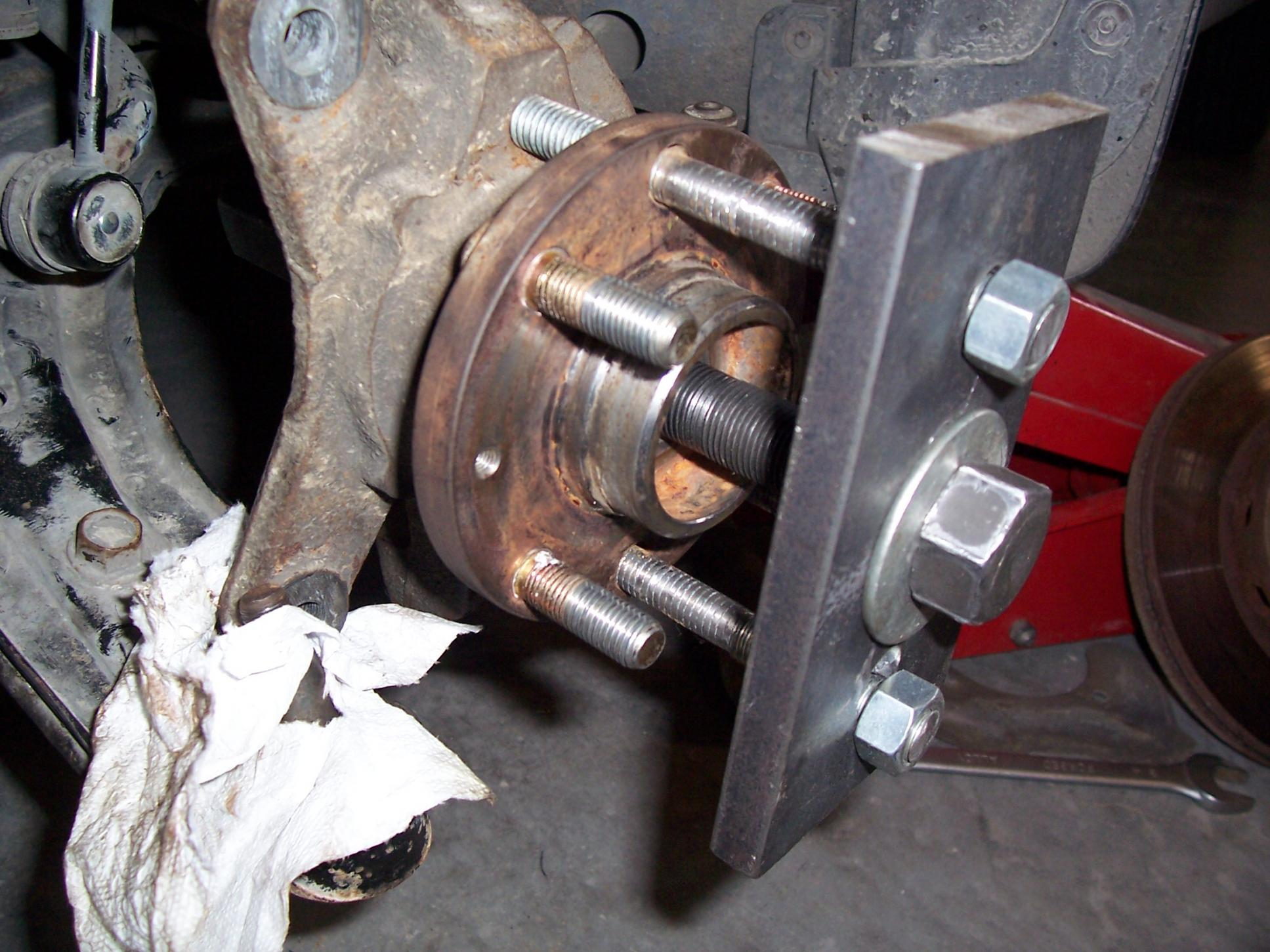 How to change wheel bearing